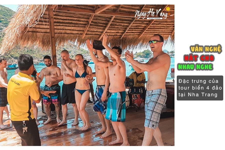Nhạc sống trên vịnh biển Nha Trang