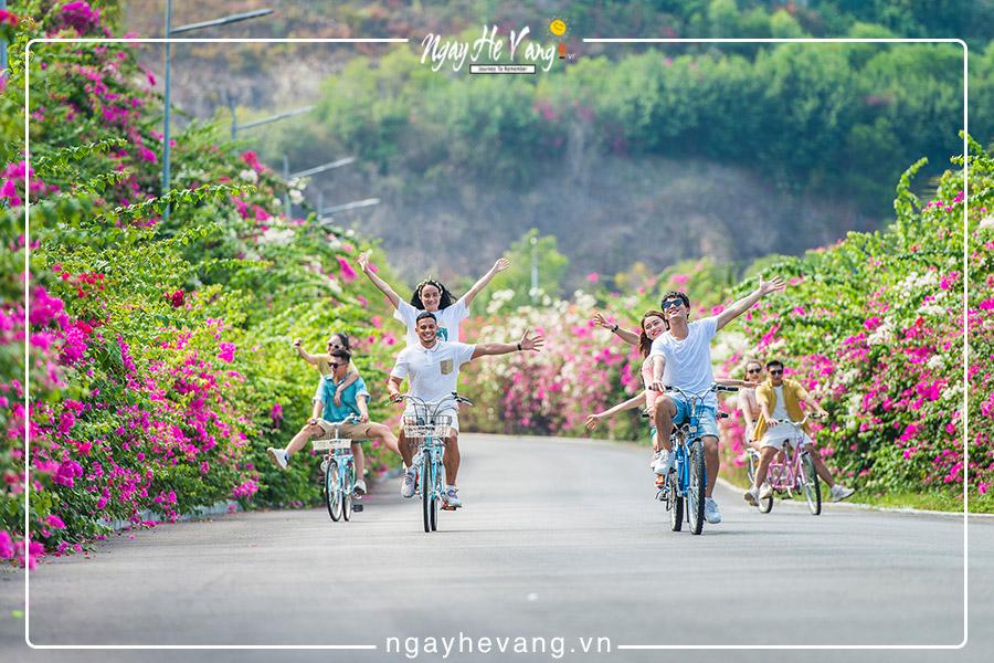 Hòn Tre là hòn đảo nổi bật ở Nha Trang