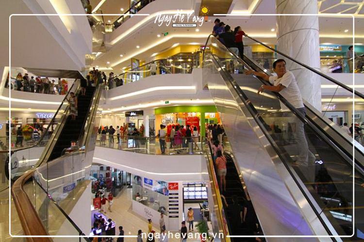 Trung tâm mua sắm Vincom Plaza